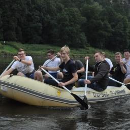 Mit dem Schlauchboot durch Dresden