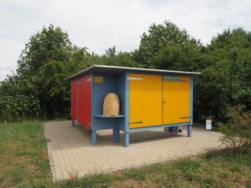 Bienenbehausung auf der Deponie