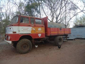 Ein alter W 50. Er wird in Banjul zur Bekämpfung von Bränden eingesetzt.
