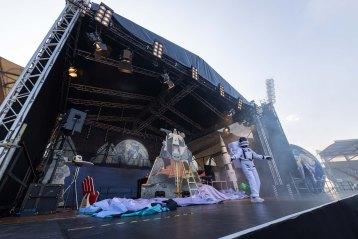 Der deutsche Astronaut Alexander Gerst (alias Astro-Alex) gestaltete im Erfurter Steigerwald Stadion eine Show, in der er von seinen Erlebnissen auf der Weltraum-Station ISS erzählte. Foto: Paul-Philipp Braun