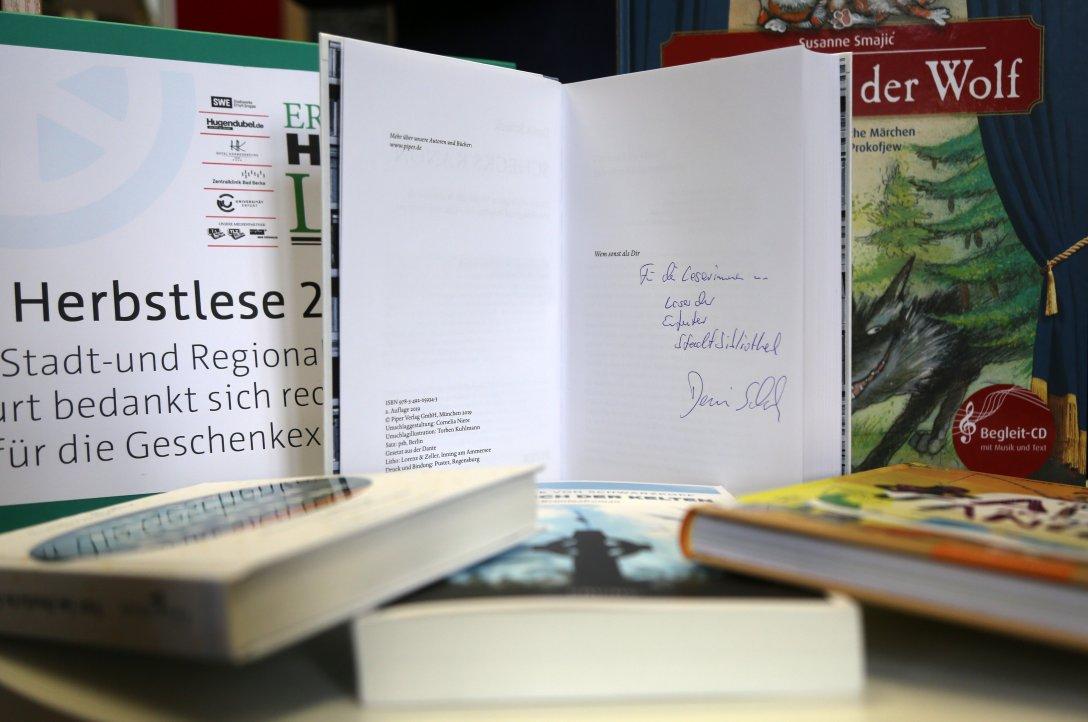 SWE - Übergabe Herbstlese-Bücher